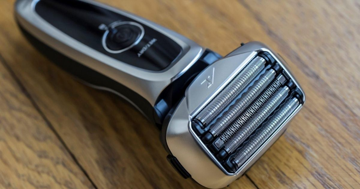 Highly Rated Panasonic ARC5 Electric Razor Only $94.99 Shipped (Regularly $150)