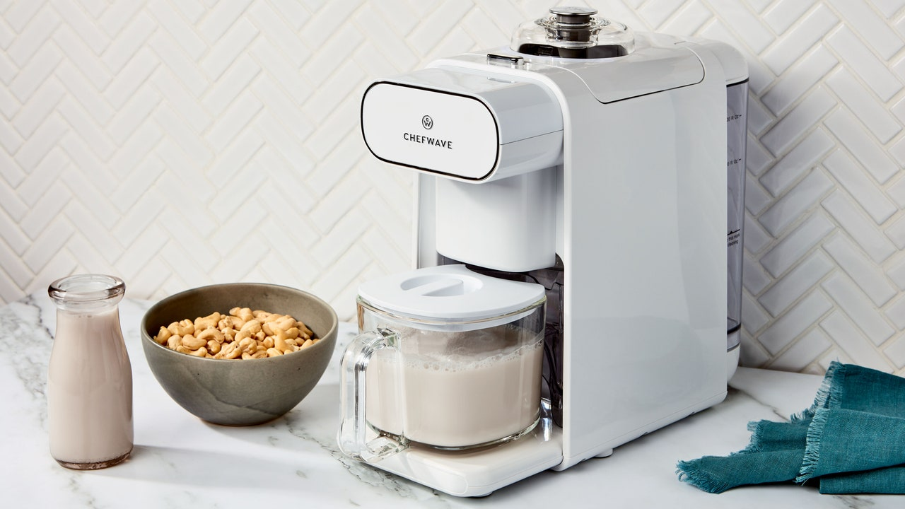 This Nut Milk Maker Makes Miraculously Creamy Almond Milk, Cashew Milk, and More